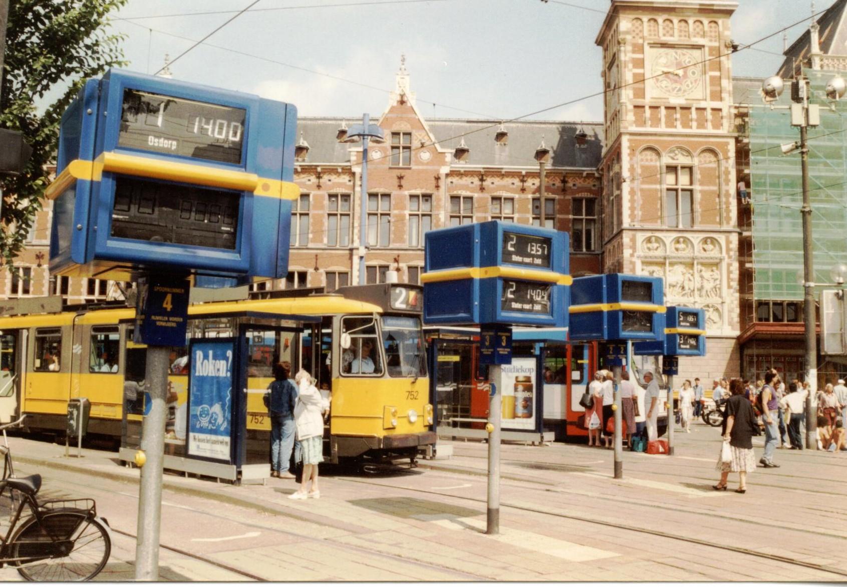 Tram dynamic platform indicator, Amsterdam, 1991.