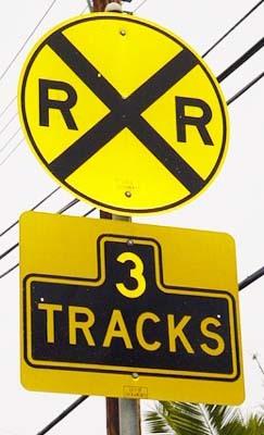 spoorwegovergang er komt nog een trein ongeluk