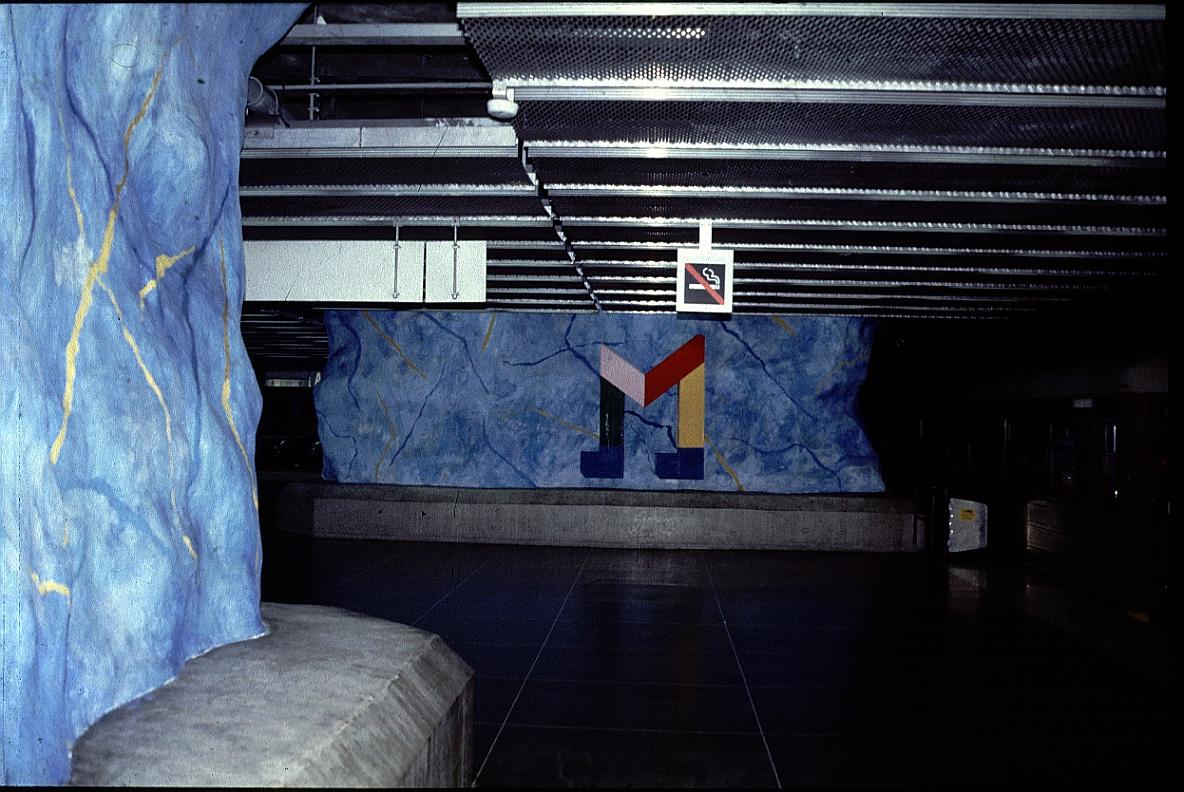 architecture of underground stations